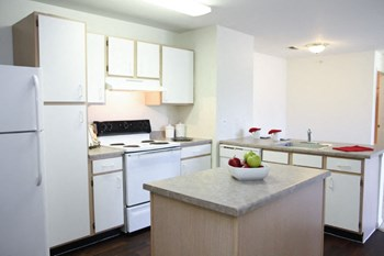 1911 Walden Lane 2 Beds Apartment for Rent Photo Gallery 1