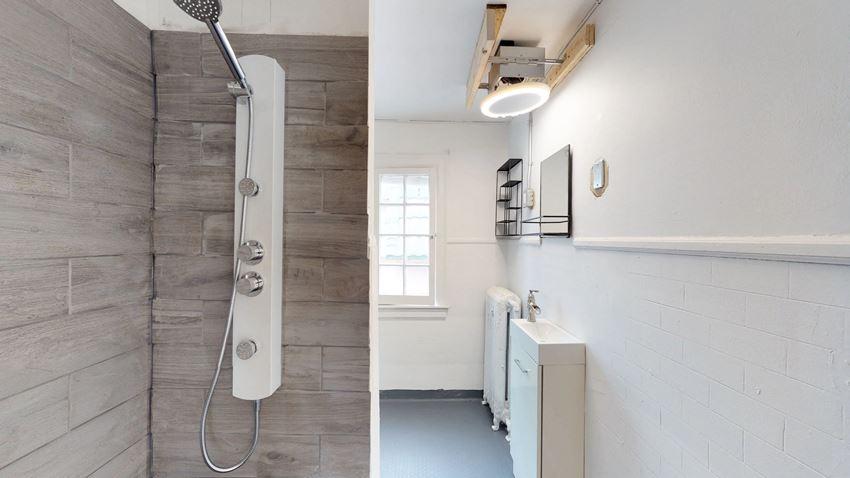Furnished 3 Bedroom - 1 Bath