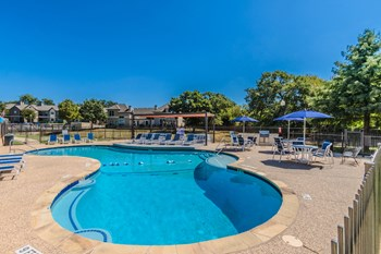 3101 Mustang Dr 1-3 Beds Apartment for Rent Photo Gallery 1