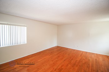 24431-24433 Hawthorne Blvd. 1 Bed Apartment for Rent Photo Gallery 1