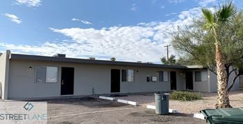 801 E Siesta Dr Unit 4 2 Beds House for Rent Photo Gallery 1