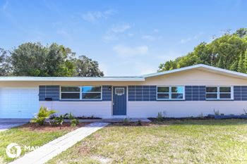 3828 Neptune Dr SE 3 Beds House for Rent Photo Gallery 1