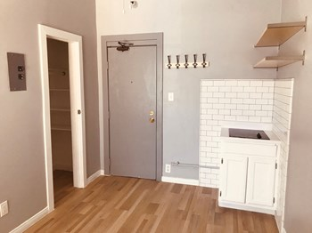 230 W. 23rd St. Studio Apartment for Rent Photo Gallery 1
