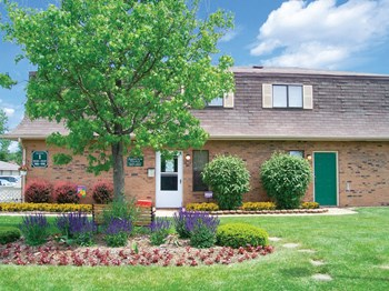 988 Muirwood Village Dr. 1 Bed Apartment for Rent Photo Gallery 1