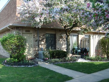 2272 Sunshine Place 1-4 Beds Apartment for Rent Photo Gallery 1
