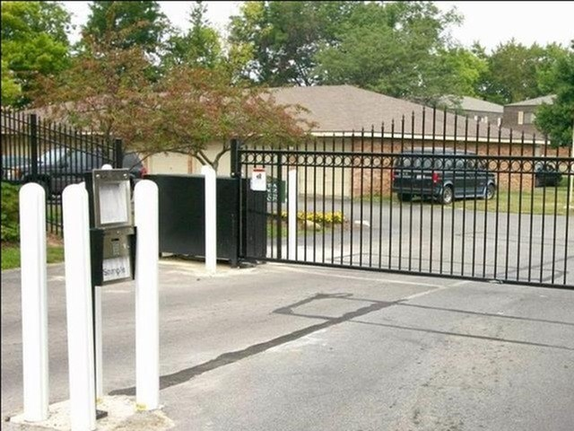 Gated Community at Chatham Village Apartments, Columbus, 48232