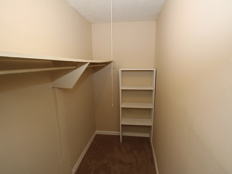 Walk-In Closets at Briarwood Park Apartments, Jackson