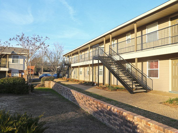 Large Outdoor Space at Briarwood Park Apartments, Mississippi, 39206