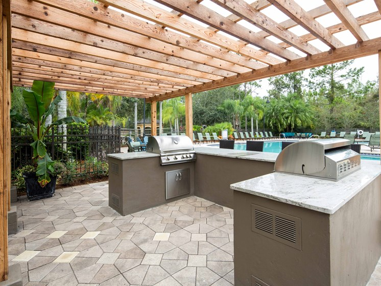 Outdoor Kitchen Grilling Area Grand Reserve Tampa Fl 33647