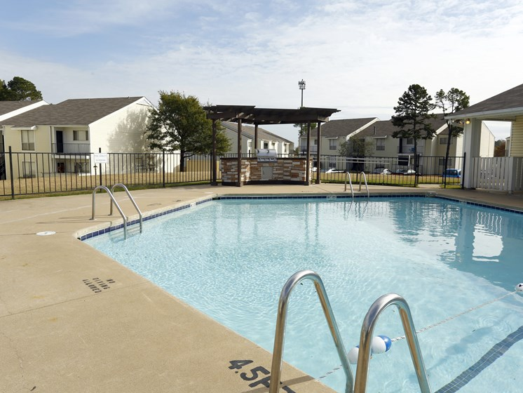 Blue Cool Swimming Pool at Towne Oaks Apartments, Little Rock, 72227