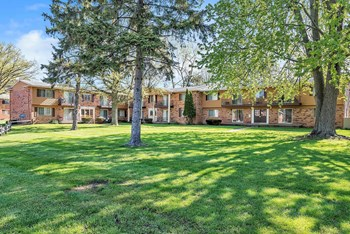 3625 Bayview Dr.  #77 1-2 Beds Apartment for Rent Photo Gallery 1