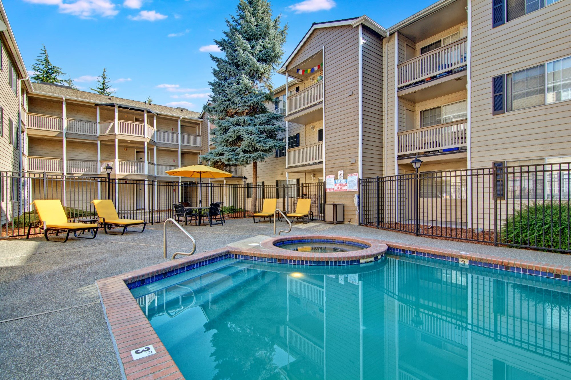 Bayview Apartment Homes Pool and Spa Courtyard