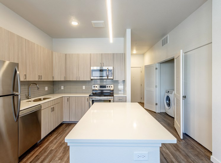 Fully Equipped Kitchen With Modern Appliances at Railway Flats Apartments, Colorado, 80538