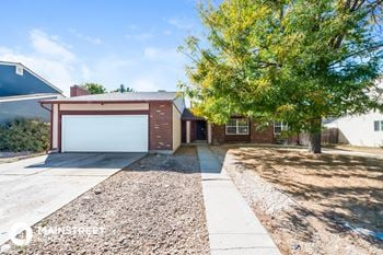 4609 S Laredo St 5 Beds House for Rent Photo Gallery 1