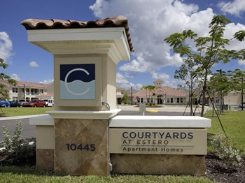 10445 Corkscrew Commons Drive 1-3 Beds Apartment for Rent Photo Gallery 1