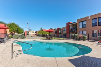 1564 N Morrison Ave. 2-3 Beds Apartment for Rent Photo Gallery 1