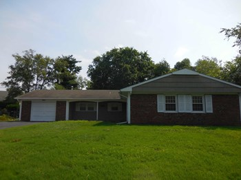 3501 Mullin Lane 4 Beds House for Rent Photo Gallery 1