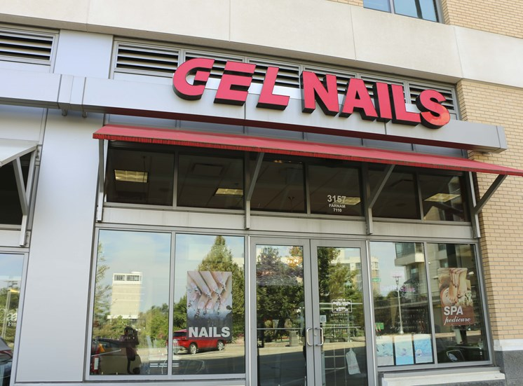 Nail Salon at Midtown Crossing Apartments, Nebraska, 68131