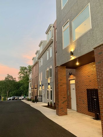 6615 Ridge Avenue 1-2 Beds Apartment for Rent Photo Gallery 1