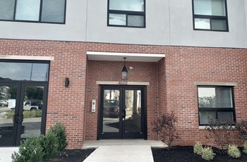 4602 Canton Street Studio-2 Beds Apartment for Rent Photo Gallery 1