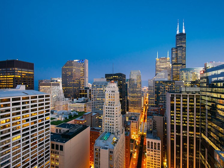 Chicago skyline view from 200 Squared Apartments