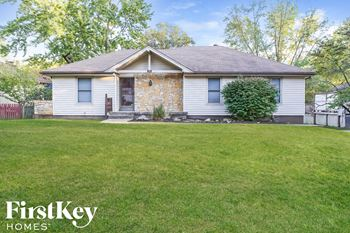 916 NW Timber Oak Dr 3 Beds House for Rent Photo Gallery 1