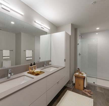 White-Bathroom-Finish at The Sur, Arlington, VA