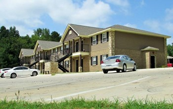 1817 Millcreek Drive 1-2 Beds Apartment for Rent Photo Gallery 1