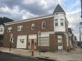 4223 Manayunk Avenue Studio-2 Beds Apartment for Rent Photo Gallery 1