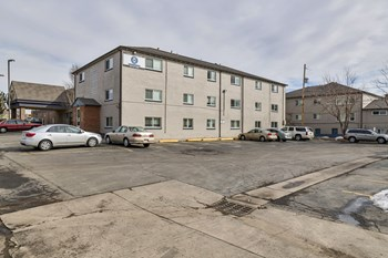 1450 Lamar St 3 Beds Apartment for Rent Photo Gallery 1