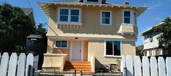 1617 West 24Th Street 4 Beds House for Rent Photo Gallery 1