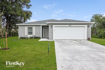 1573 SW Bermel Ave 4 Beds House for Rent Photo Gallery 1