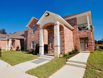 17905 U.S. Highway 69 South 1-3 Beds Apartment for Rent Photo Gallery 1