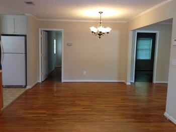 2886 Ashton Street 3 Beds Apartment for Rent Photo Gallery 1