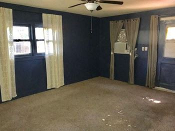 1342 Jeanette Street B 1 Bed House for Rent Photo Gallery 1
