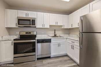 1800 Wedgewood Dr 1-2 Beds Apartment for Rent Photo Gallery 1