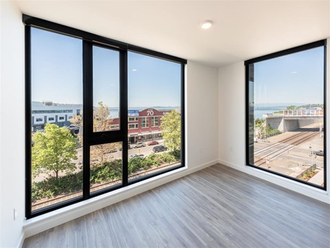 Living Spaces With Large Windows, Beautiful Views at 10 Clay Apartments in Seattle, WA