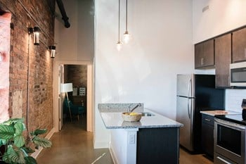 619 W. 24Th Street 1-2 Beds Apartment for Rent Photo Gallery 1