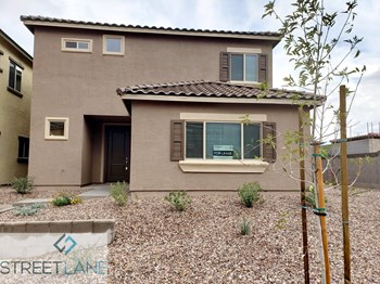 1741 W Pollack St 4 Beds House for Rent Photo Gallery 1