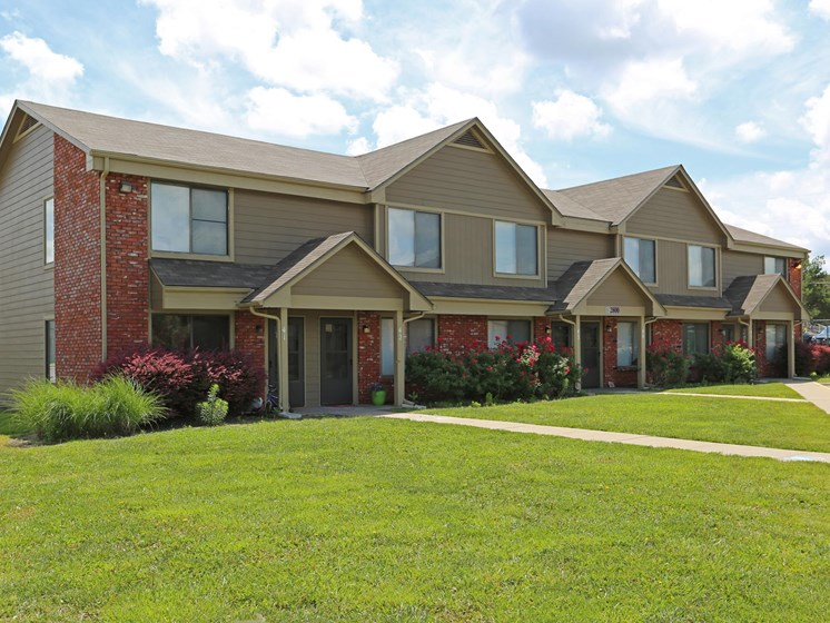 Beautiful landscaping outside your townhome at Villa West in Topeka, KS!
