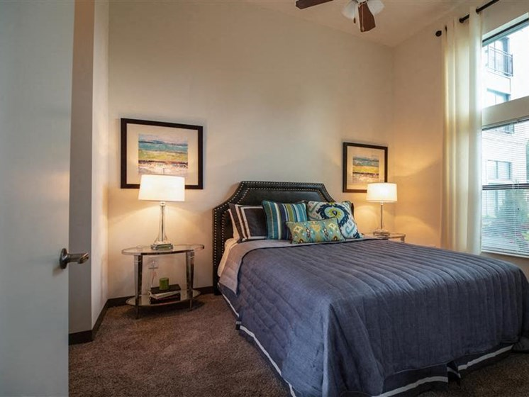 Beautiful Bright Bedroom With Wide Windows at The George & The Leonard, Georgia, 30312