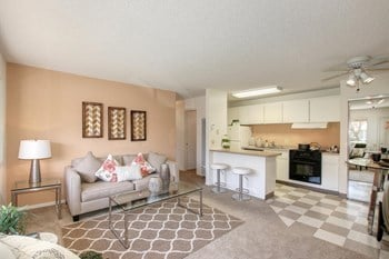 955 Cranbrook Court 2 Beds Apartment for Rent Photo Gallery 1
