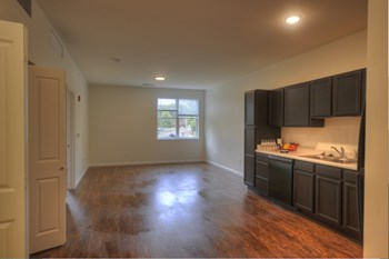 1100 N. Crescent Road 1 Bed Apartment for Rent Photo Gallery 1