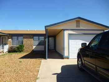 409 1/2 36Th Place 2 Beds House for Rent Photo Gallery 1