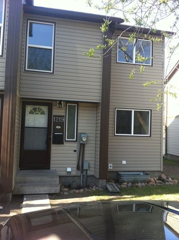 REM204 1 Bed House for Rent Photo Gallery 1
