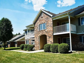 5527 Lois Lane 1-3 Beds Apartment for Rent Photo Gallery 1
