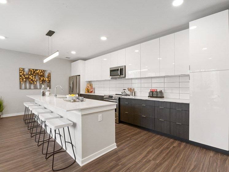 Stunning kitchen with large kitchen island and breakfast bar and modern finishes