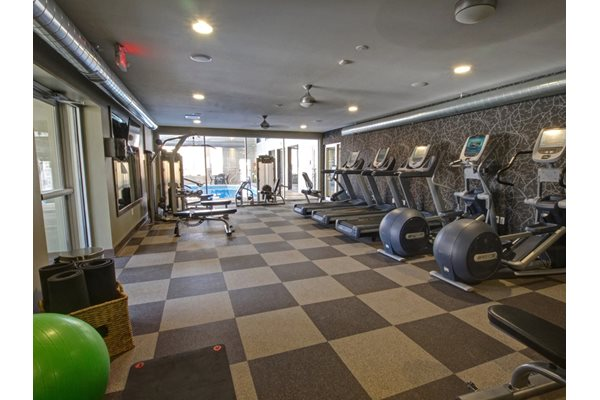 24-hour fitness studio at Park Laureate in Jeffersontown, Louisville, KY 40220