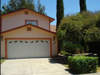 418 Nut Tree Road 3 Beds House for Rent Photo Gallery 1