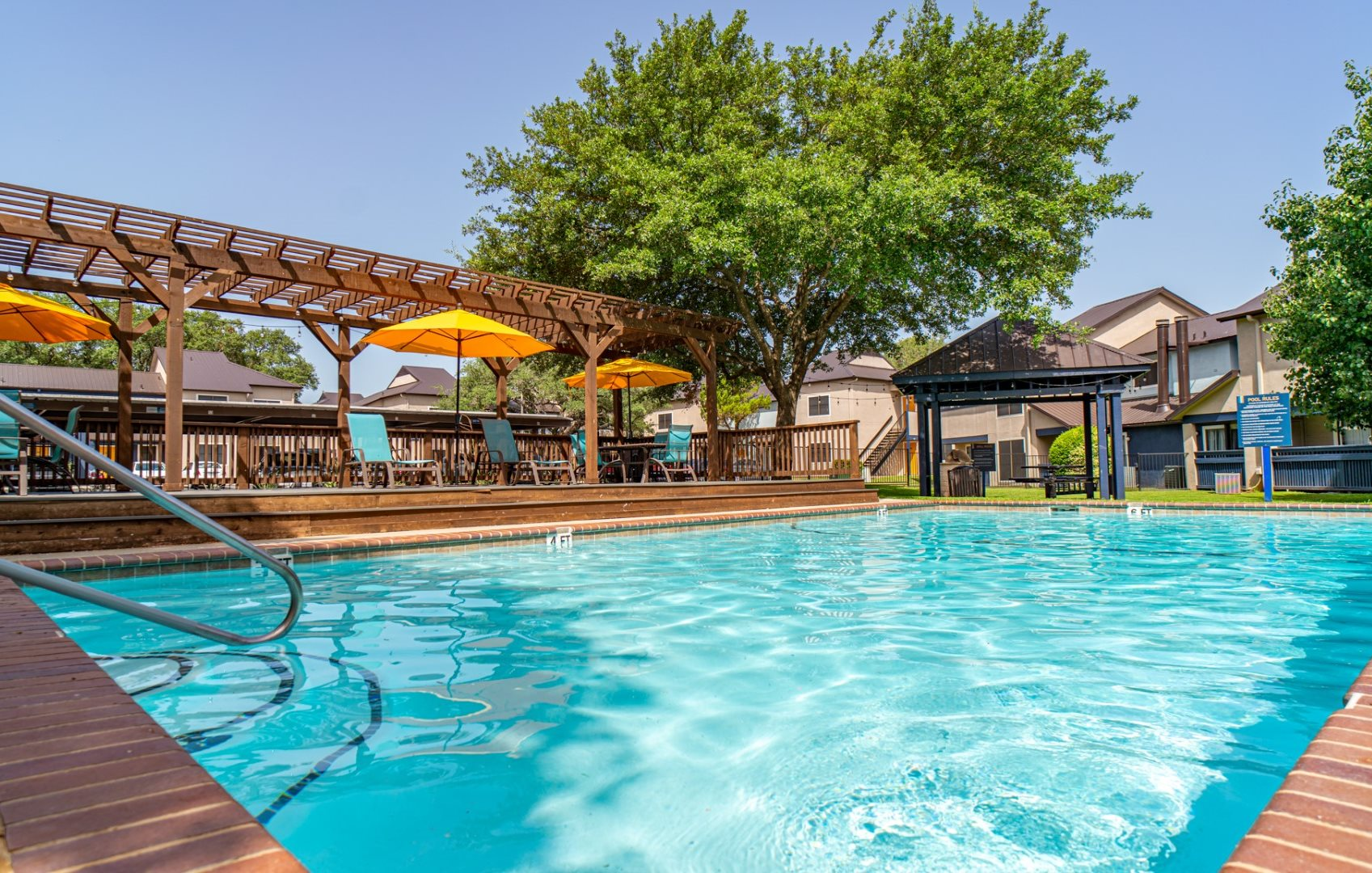 1 bedroom apartments in austin tx with a swimming pool